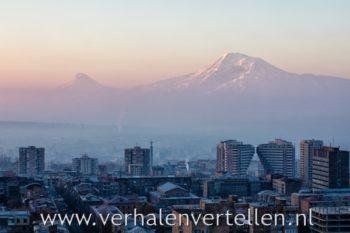 op zoek naar verhalen armenië yerevan ararat